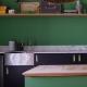 FarrowandBall_emerald-green-kitchen