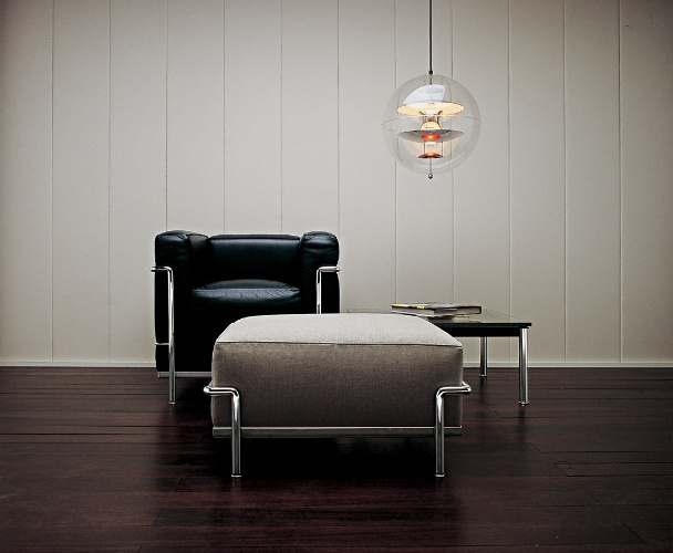 wieder eingetroffen lc serie von lecorbusier von cassina. Black Bedroom Furniture Sets. Home Design Ideas
