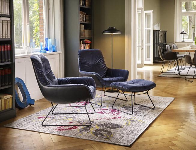 sitzen sie gut st hle von freifrau neu bei tendenza. Black Bedroom Furniture Sets. Home Design Ideas