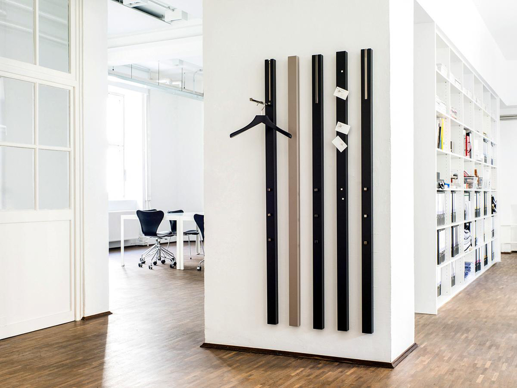Turbo Perfekt für kleine Flure: Garderobe LINE von Schoenbuch im COR MN23