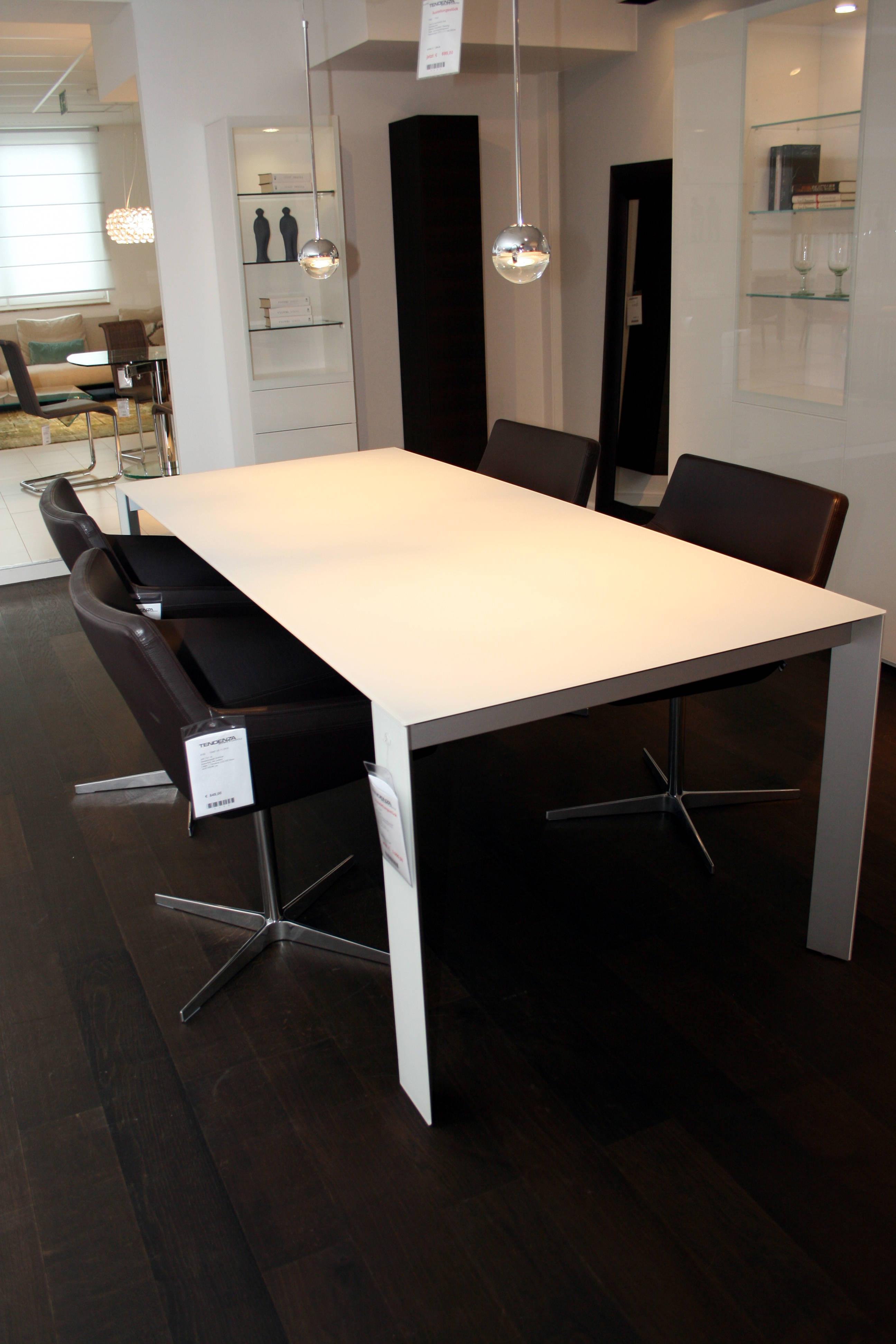 sale in f rth tisch soma von kettnaker. Black Bedroom Furniture Sets. Home Design Ideas
