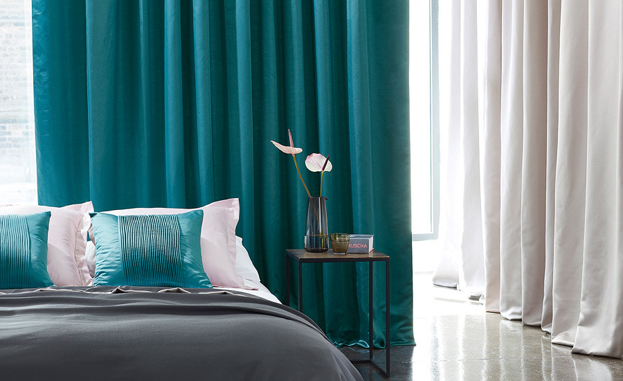 neue stoff und tapetenmuster bei tendenza in f rth. Black Bedroom Furniture Sets. Home Design Ideas