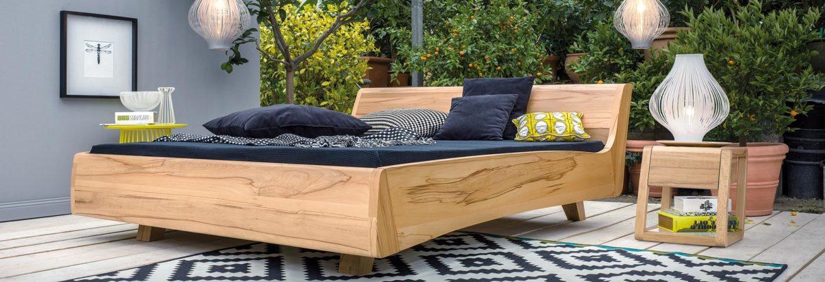 Massivholzbetten Balena, Kelo und System-7 Schlafsystem mit orthopädischen Matratzen Der Firma Dormiente