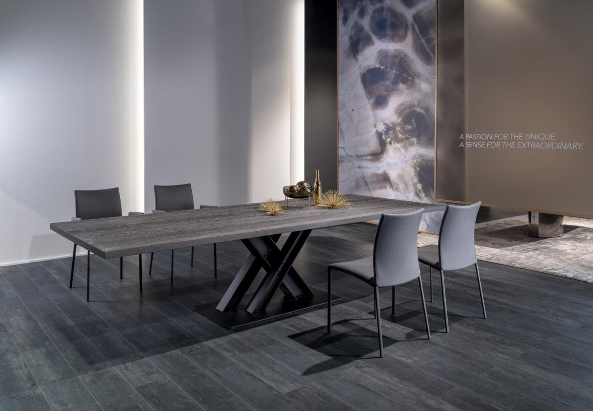 NOBILE Tisch, Stuhl Der Firma Draenert