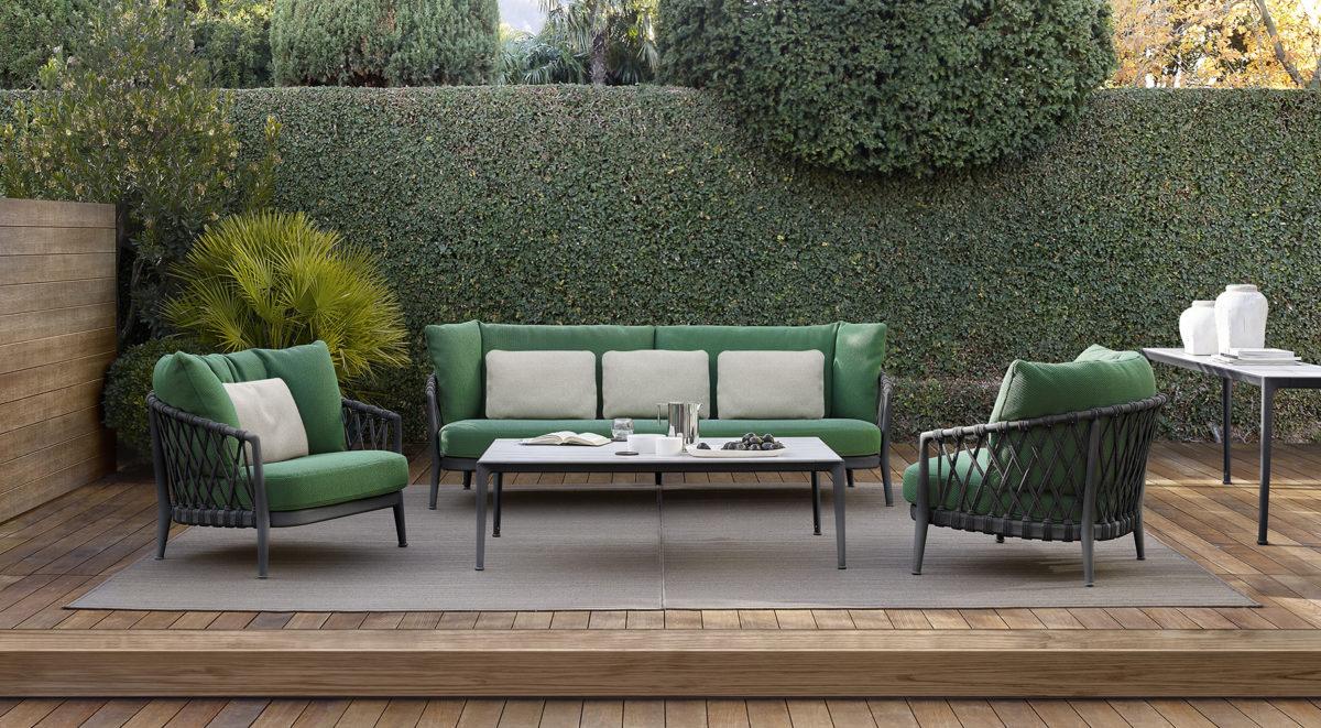 Outdoor-Sofa, Sessel ERICA , Couchtisch FAT-FAT OUTDOOR Der Firma B&B ITALIA