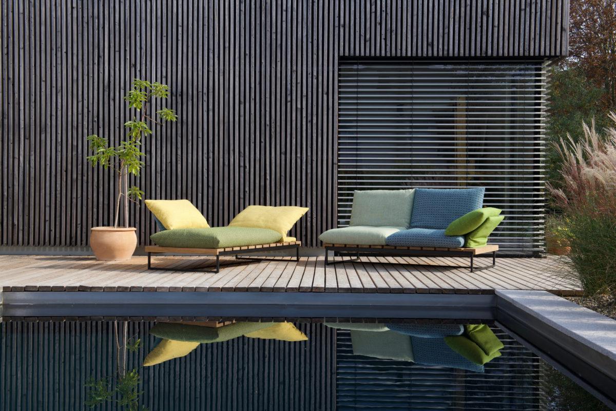 Outdoor Sofa GAJUS Der Firma Bullfrog Design