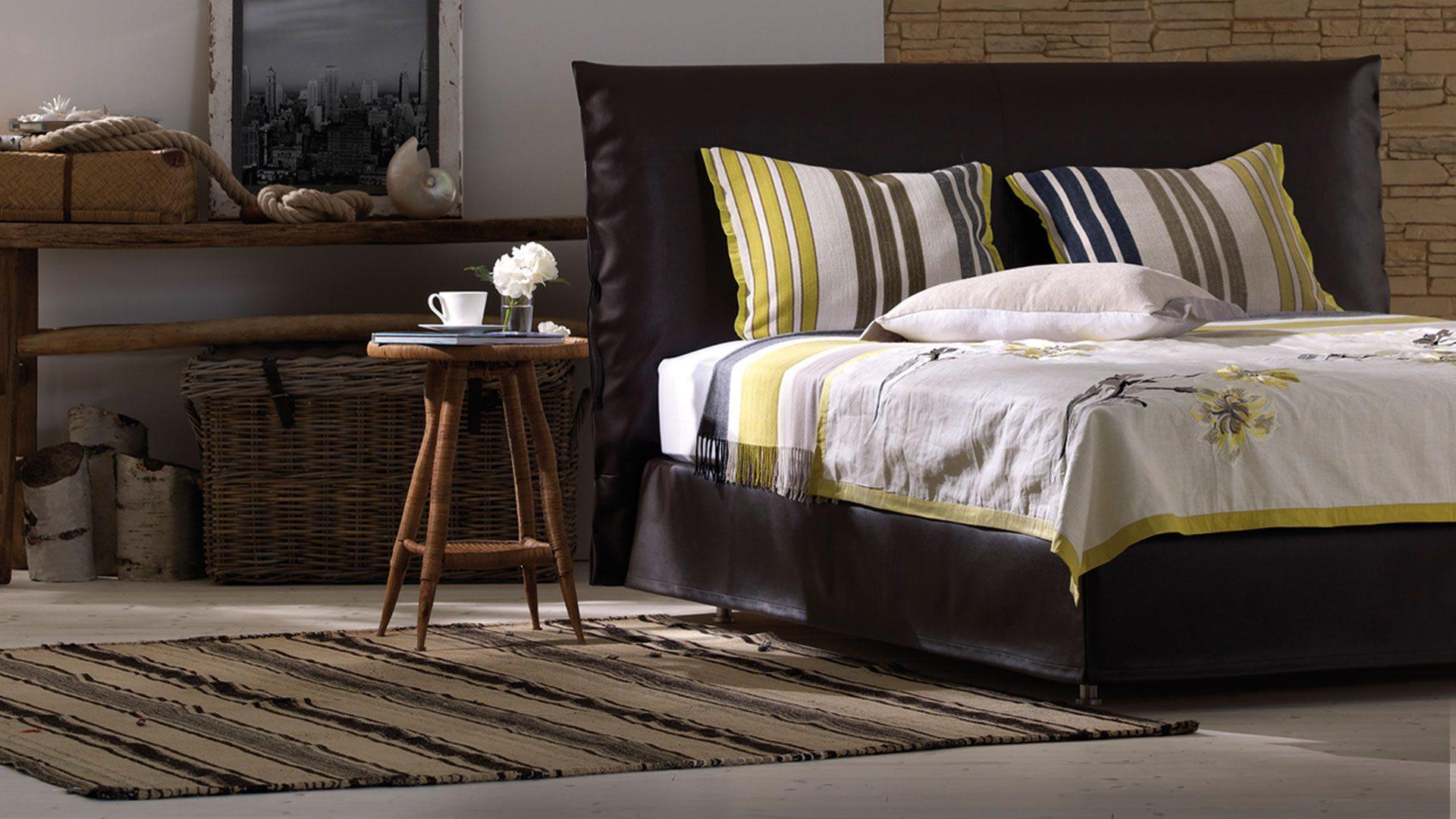 schlafen sie gut neue schramm betten ausstellung bei tendenza. Black Bedroom Furniture Sets. Home Design Ideas