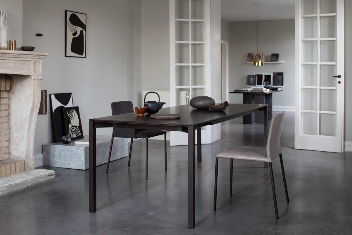 TIRA Tisch, CORBO Stuhl Der Firma More