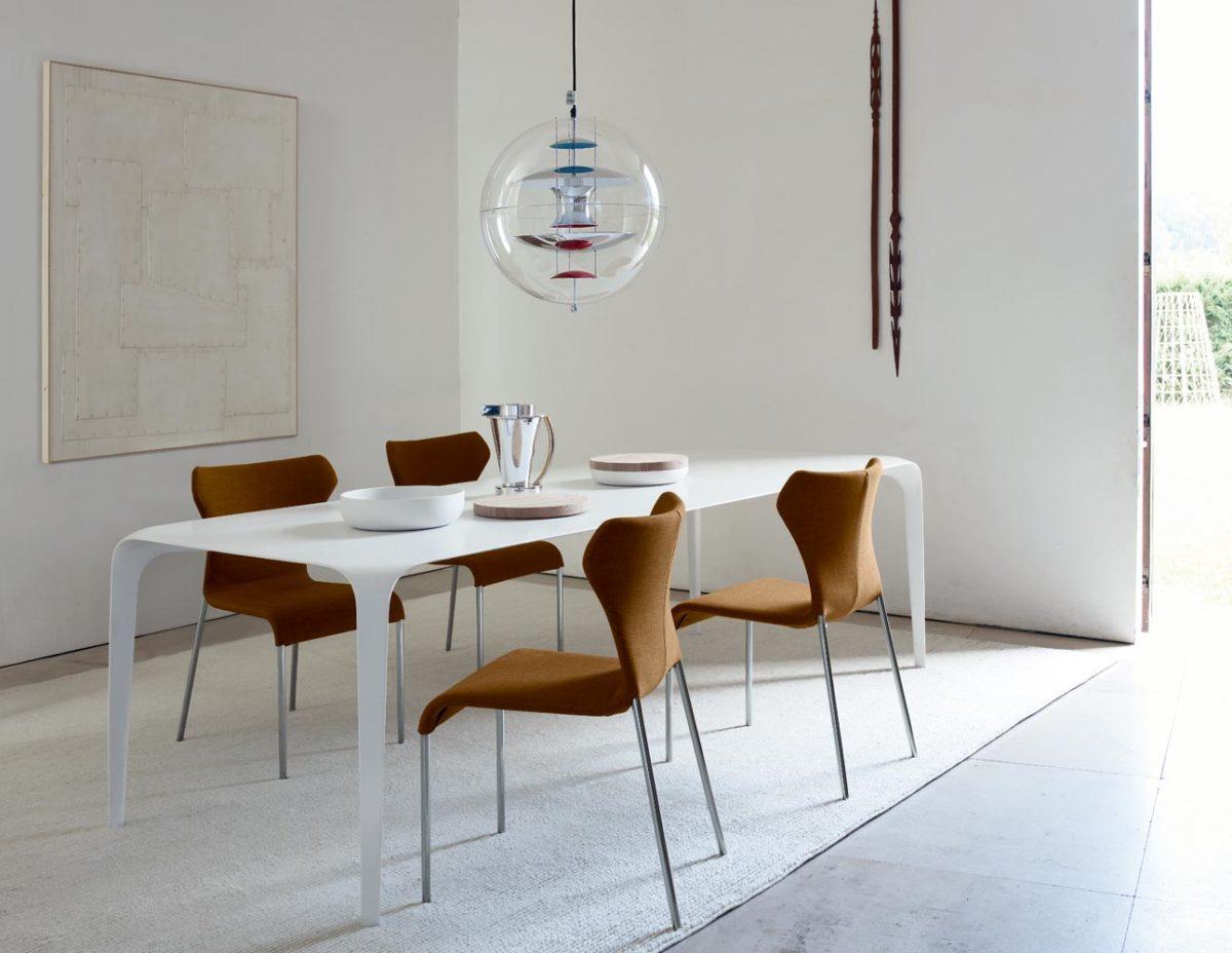 Stühle PAPILIO, Tisch LINK von B&B ITALIA