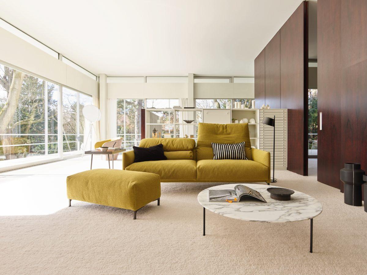 AVALANCHE Sofa-, und Sofa Kombinationen mit dem Liegenelementen auf der Folgeseite, Hocker, Sessel. Der Firma COR