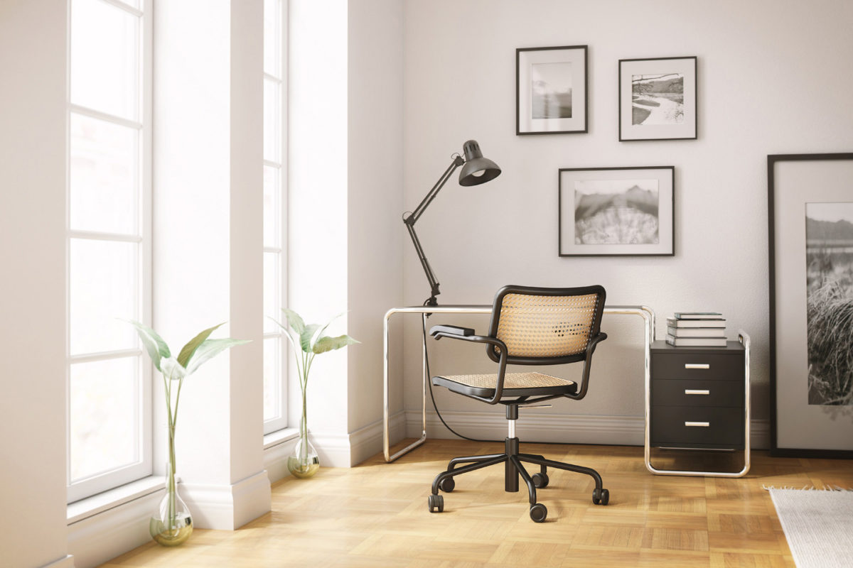 Stuhl S 64 VDR, Schreibtisch S 285/1 Der Firma Thonet