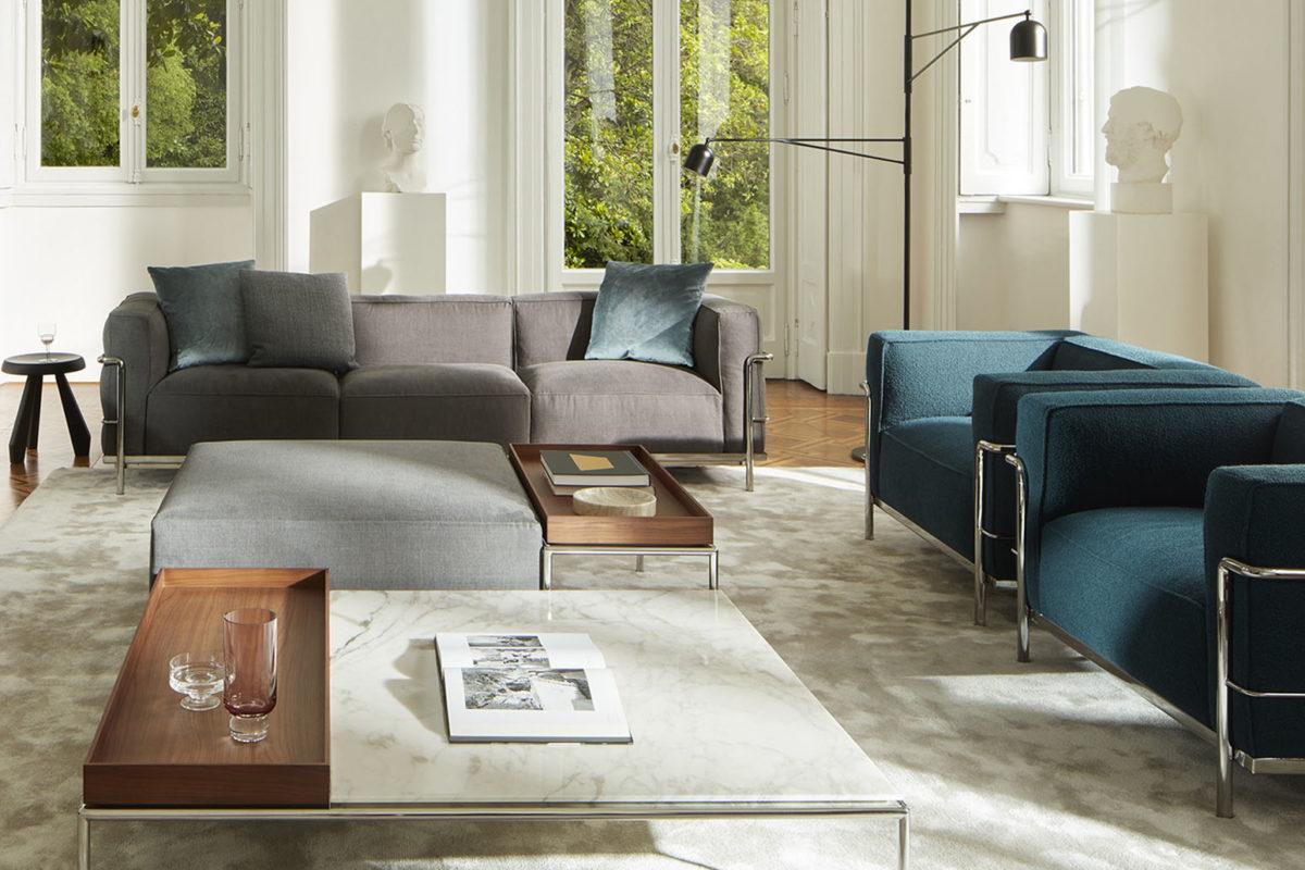 Couchtisch MEX-HI TAVOLINO  und Sofa LC3 Der Firma CASSINA