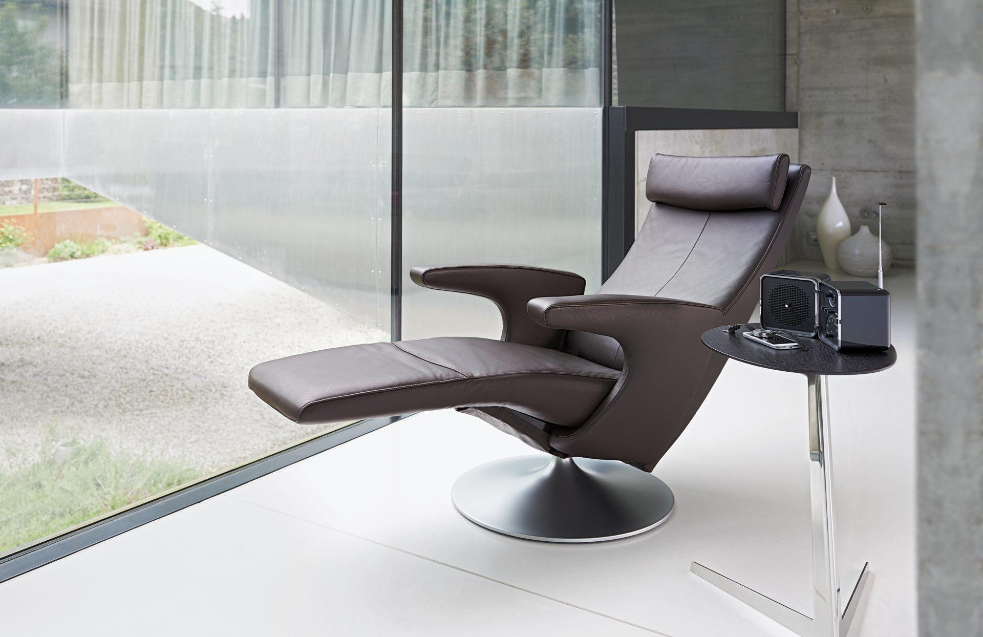 fsm frank sitzm bel. Black Bedroom Furniture Sets. Home Design Ideas