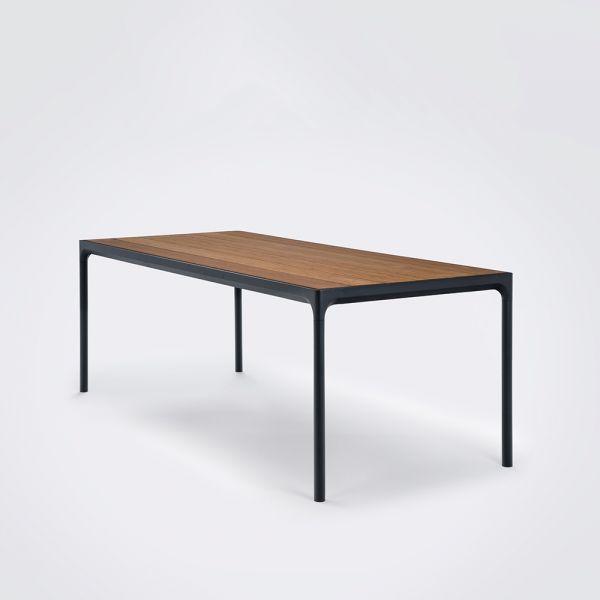 Four Table von Houe